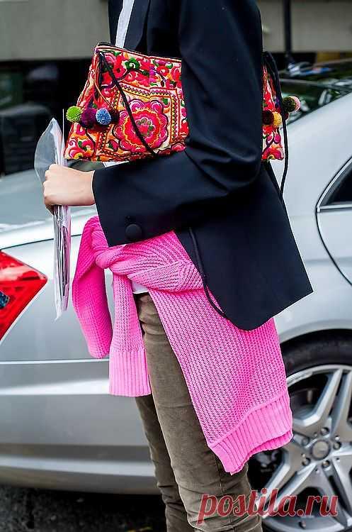Вышитая сумочка / Вышивка / Модный сайт о стильной переделке одежды и интерьера