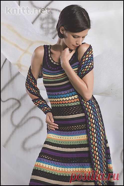 Ажурное яркое платье. Есть описание на русском.