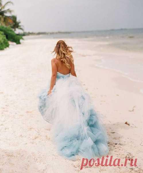 Свадебные платья с эффектом омбре😍