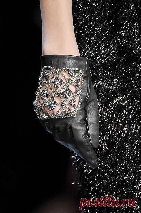 Перчатки с шикарным декором / Перчатки и варежки / Модный сайт о стильной переделке одежды и интерьера