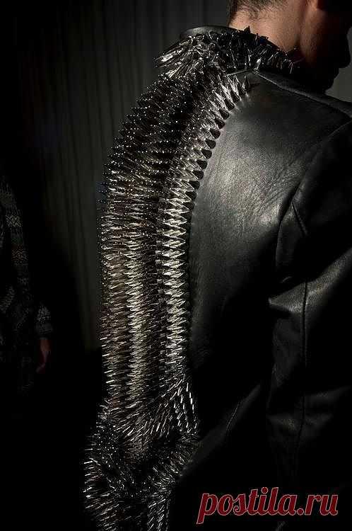 Две необычные спинки / Декор спины / Модный сайт о стильной переделке одежды и интерьера