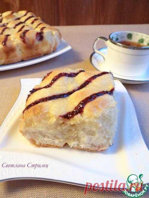 Пирог со сливочным творожным сыром.