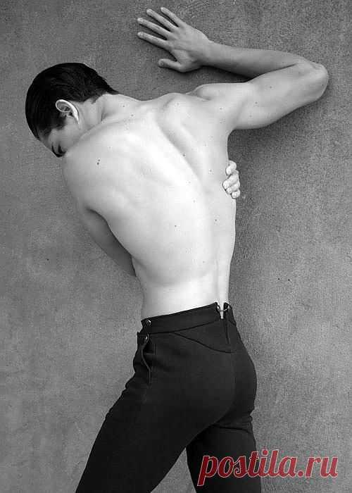 Еще одни интересно скроеные брюки / Мужская мода / Модный сайт о стильной переделке одежды и интерьера