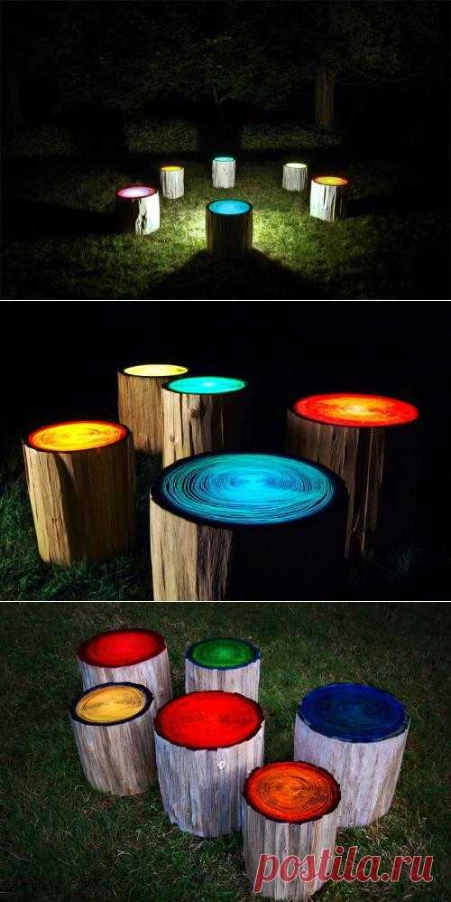 Разноцветные светильники в пеньках — оригинальная идея освещения вашего сада