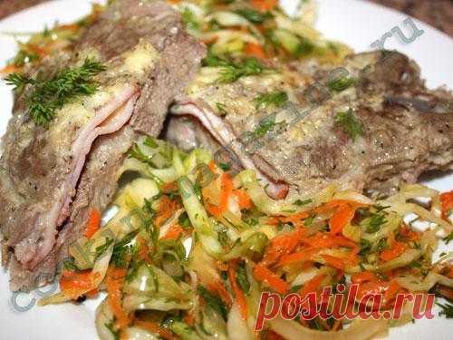 Свиная шейка с сыром и ветчиной запеченная в фольге - Фото Рецепт