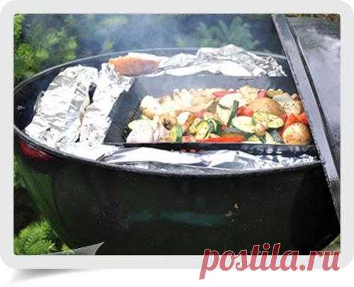 Овощи гриль и гренки с чесночным маслом