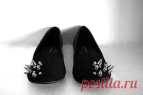 Необычная шипованная обувь / Аксессуары (не украшения) / Модный сайт о стильной переделке одежды и интерьера