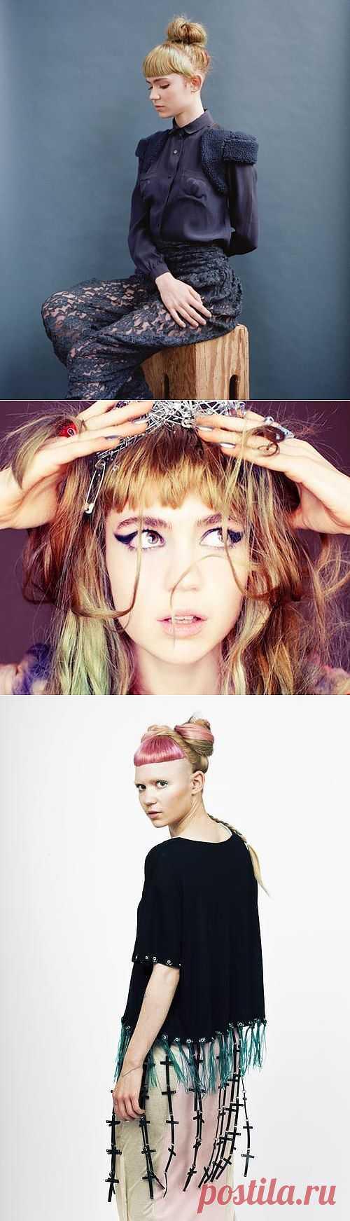 Grimes. Странная в своей красоте / Звездный стиль / Модный сайт о стильной переделке одежды и интерьера