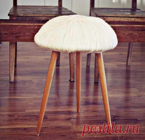 DIY: превращаем обычную табуретку в уютную, удобную и теплую