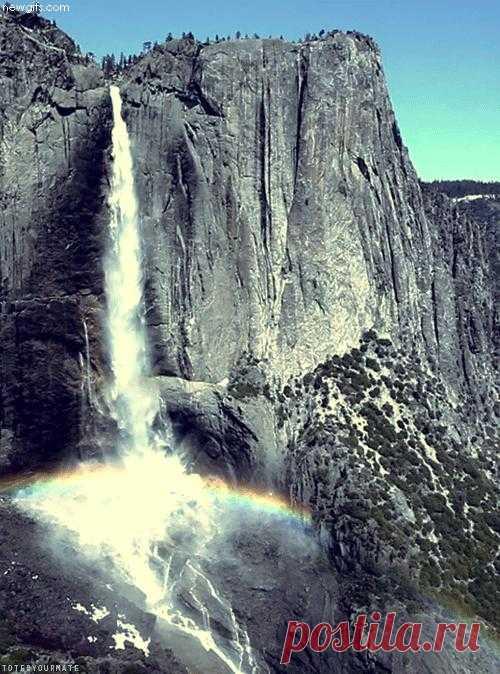 Живой водопад