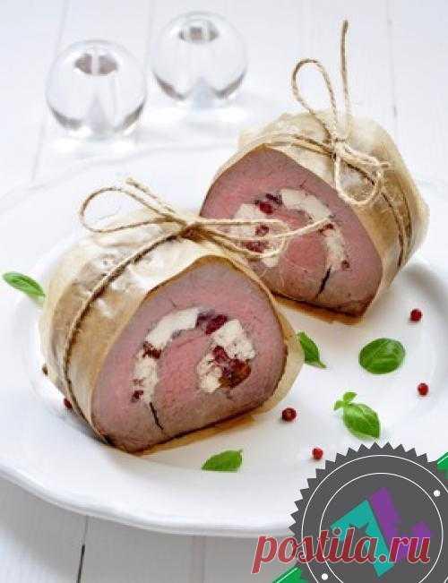 Запеченное мясо с брынзой и вялеными томатами| Кулинарный рецепт