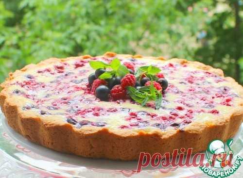 Творожный пирог с брусникой и смородиной – кулинарный рецепт