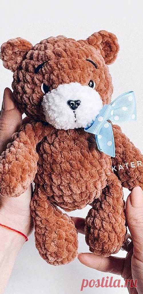 PDF Крошка Мишутка крючком. FREE crochet pattern; Аmigurumi animal patterns. Амигуруми схемы и описания на русском. Вязаные игрушки и поделки своими руками #amimore - медведь, маленький медвежонок из плюшевой пряжи, плюшевый мишка.