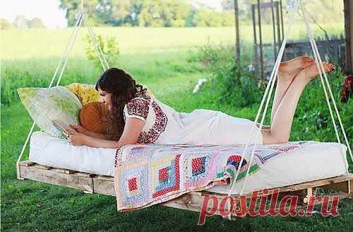 Подвесная кровать своими руками. Как быстро сделать кровать для дачи?