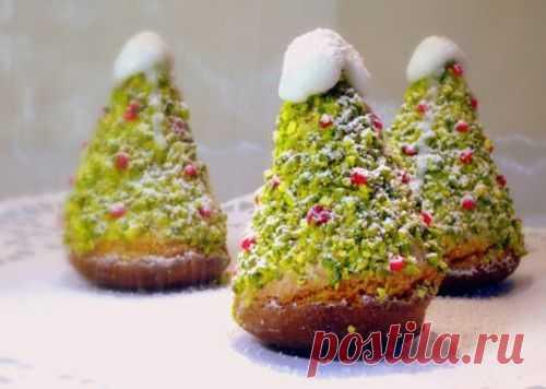 Пирожные бисквитные «Ёлочки» / Простые рецепты