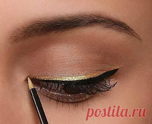 золотые подводки для глаз / макияж   Волосы и макияж