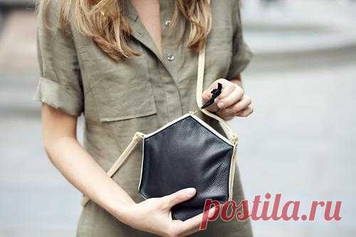 Сумочка оригинальной формы / Сумки, клатчи, чемоданы / Модный сайт о стильной переделке одежды и интерьера