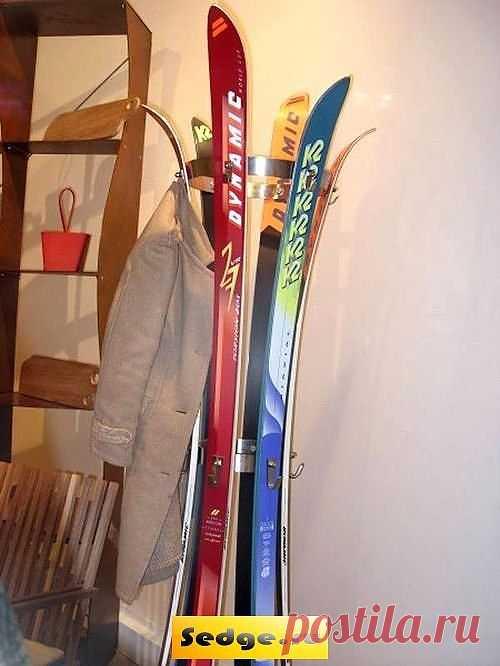 Вешалка на дачу: из ненужных лыж / Мебель / Модный сайт о стильной переделке одежды и интерьера