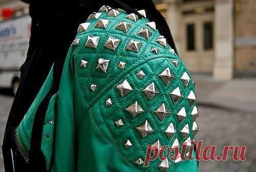 Красивые фото (подборка) с шипами / Street Style / Модный сайт о стильной переделке одежды и интерьера