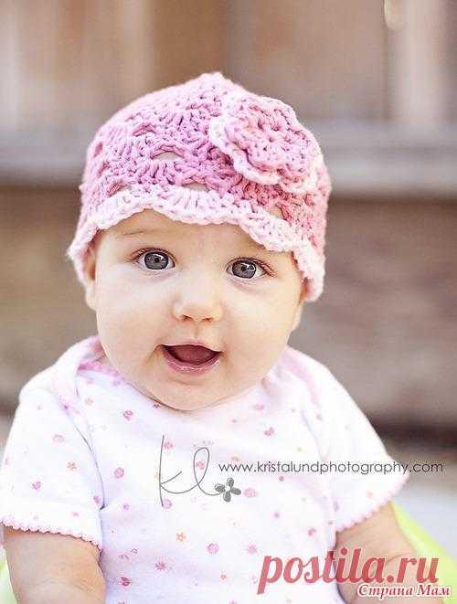 Ажурная шапочка для малышки.