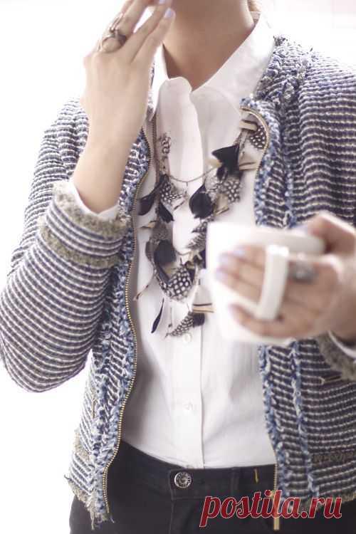 Бусы из перышек / Украшения и бижутерия / Модный сайт о стильной переделке одежды и интерьера