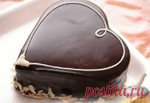 Las recetas de las tortas y las golosinas.: adornamiento de las tortas en las condiciones de casa. La crema aceitera.
