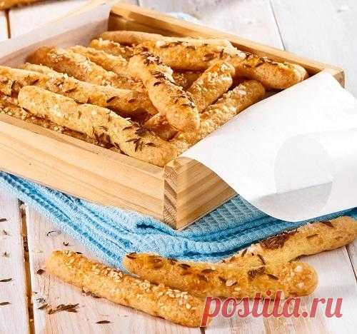 Соленые сырные палочки с кунжутом и тмином: пошаговый рецепт с фото