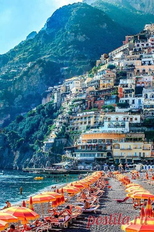 Райский маленький курорт. Позитано, Италия