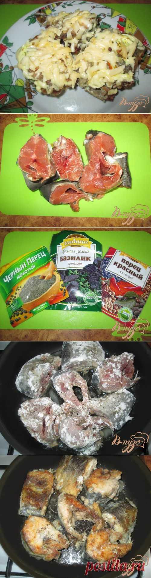 Горбуша под шубкой из майонеза и сыра