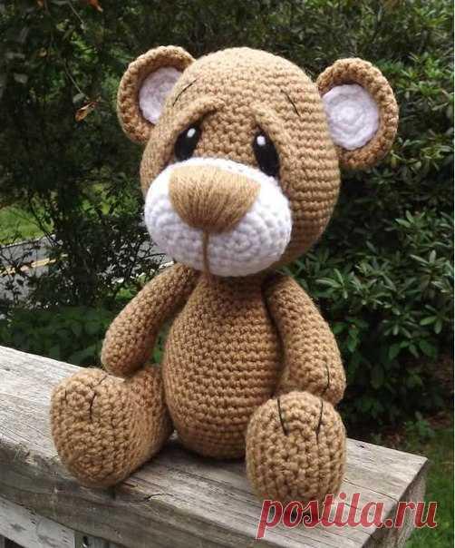 Плюшевый медвежонок Автор - Lisa Jestes Designs.  #амигуруми  #схема  #handmade  #копилка_идей