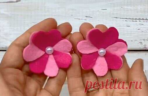 Фетровые цветы из... сердечек. Как? Всего за 1 минуту создаем такой цветок. | ИЗ ФЕТРА | Яндекс Дзен