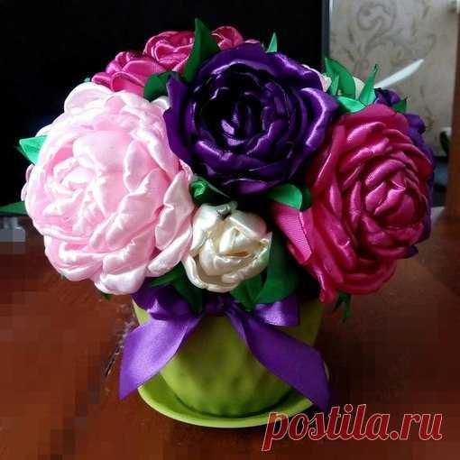 Букет пионов из атласных лент, цветы оптом