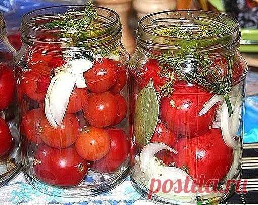 САХАРНЫЕ ПОМИДОРКИ  Боже ж ты мой!Как я люблю такие помидорки!Мечта! Наконец-то сбывшаяся.  Девочки, нашла в прошлом году рецепт. Закрыла 10 литровых банок, пожалела, что так мало сделала. Помидоры очень вкусные!!!  Ингредиенты и способ приготовления смотрите на нашем сайте http://naquhne.ru/recipes/90706/saharnye-pomidorki.html?t=2135