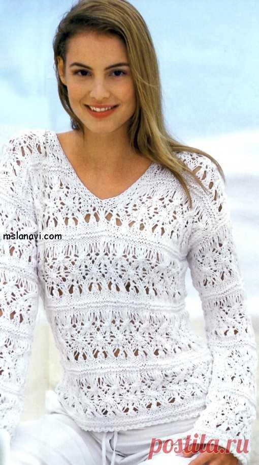 89d10c63047 Белый ажурный пуловер с плетеным узором