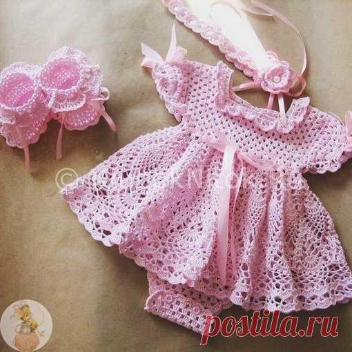 """Платье - боди для девочки  Сохраняйте в свои копилочки нажав """"Поделиться"""" или """"Мне нравится""""."""