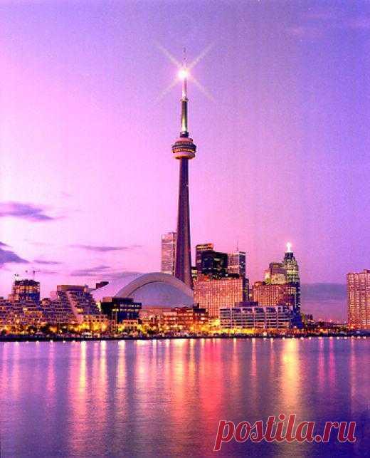 Торонто в вечерних красках. Канада