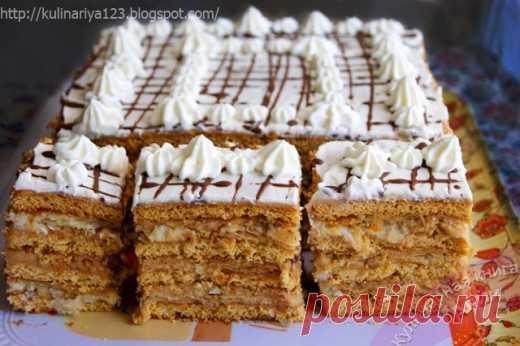 Торт «АРЛЕКИН»- вкуснейший союз «МЕДОВИКА» и «НАПОЛЕОНА» - Советы и Рецепты Значит, судя по описанию, нам потребуются: медовые коржи — я взяла коржи из торта «Рыжик» пол нормы слоеное тесто — хотела покупное, но оно здесь не вкусное совсем, решила сама приготовить слоеное тесто, с настоящим слоеным тестом и торт вкуснее будет крем «Шарлотт» — заменила обычным заварным кремом, т.к. крем «Шарлотт» , по сути, и …
