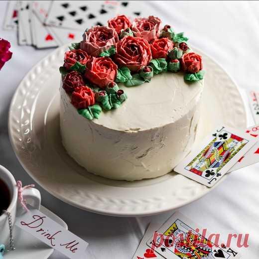 Рецепт - Миндальный торт с клубникой