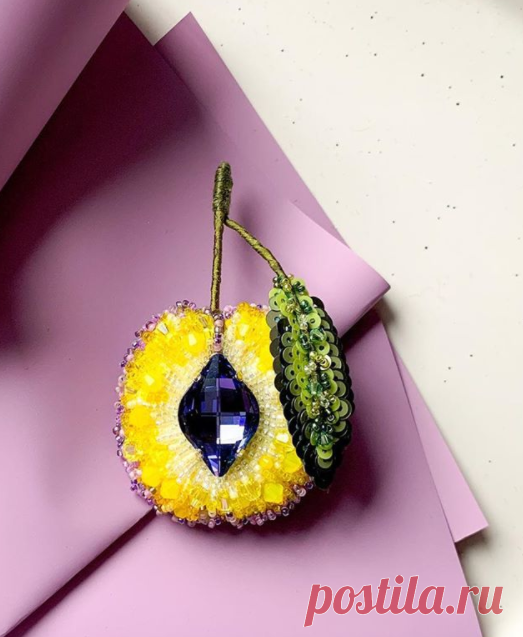 "Брошь ""Сахарная слива"" by @rinatoy_jewelry"