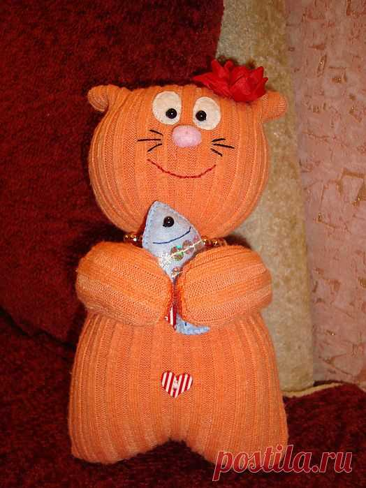 Котик из старого свитера / Разнообразные игрушки ручной работы / PassionForum - мастер-классы по рукоделию