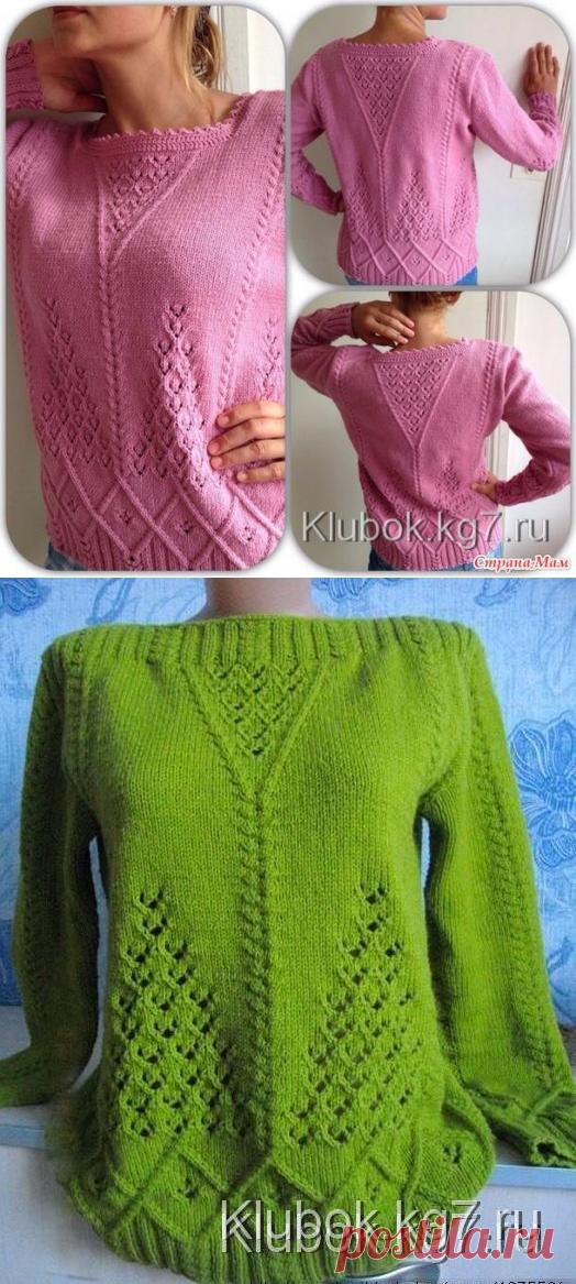 Узорчатый пуловер спицами. Работа Светланы Заец