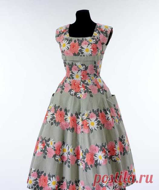 Выкройки Платьев Иногда, выкладываем готовые модели платьев бесплатно, которые вы  можете скачать. Выкройки платьев рассматриваем по нарастающей: от  простых