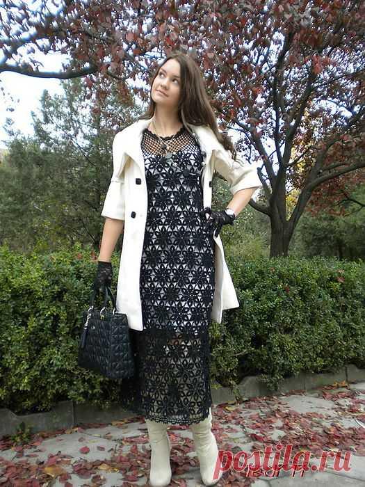 Нарядное чёрное платье..