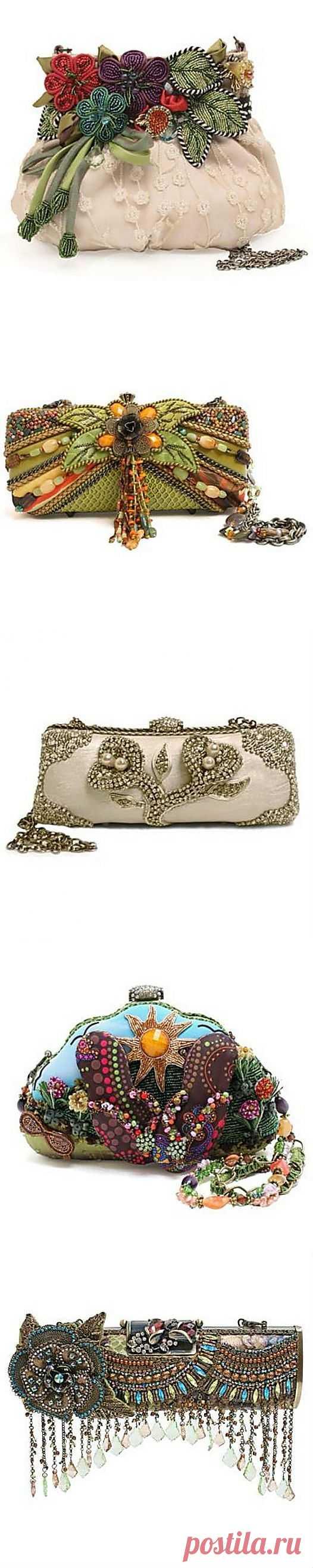 Бисерная вышивка. Сказочные узоры в сумках Mary Frances или идеи для творчества.... | Золотые Руки