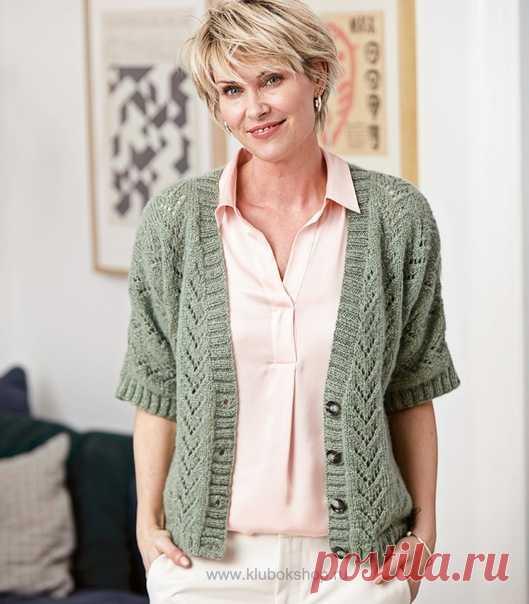 Жакет спицами. Есть похожие работы? Выкладывайте в комментариях #жакет_женский@knit_best, #жакет_спицами@knit_best  ЖАКЕТ С КОРОТКИМИ РУКАВАМИ Показать полностью...