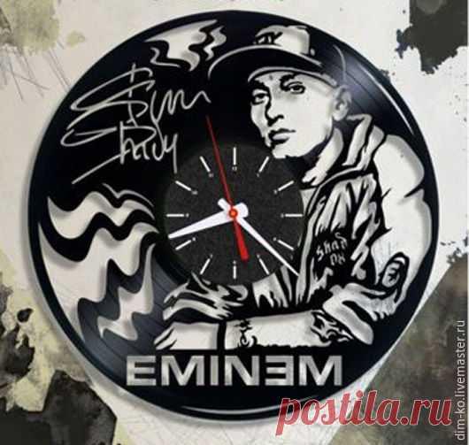 Часы настенные из виниловой пластинки Eminem – купить в интернет-магазине на Ярмарке Мастеров с доставкой Часы настенные из виниловой пластинки Eminem - купить или заказать в интернет-магазине на Ярмарке Мастеров | Часы изготовлены из старых виниловых пластинок.