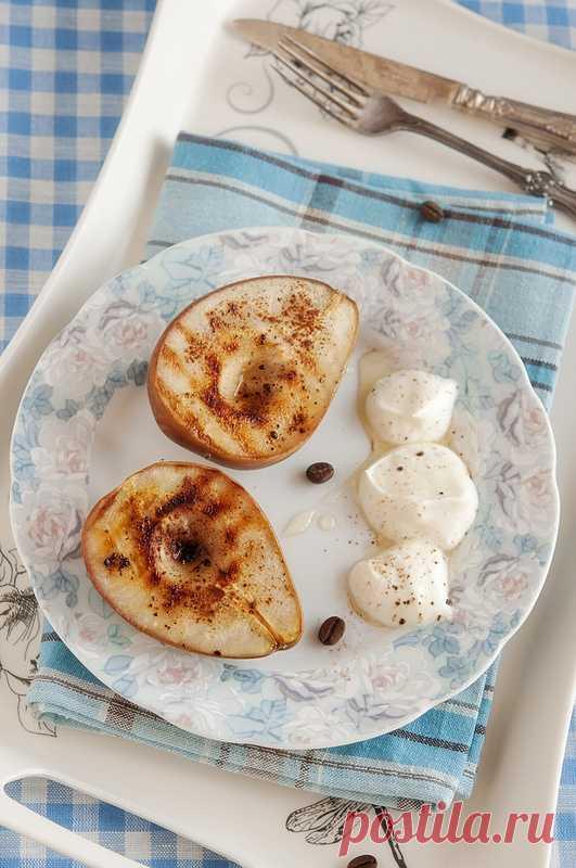 Печеные груши с медовым йогуртом. (Рецепт по клику на картинку).