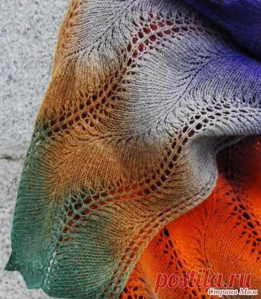 Палантины из дундаги по одной схеме Кажется, что эта схема (найдена в свободном доступе в инете) создана специально для дундаги. В ней прекрасно раскрываются все цвета пасмы и не просто полосками, а плавными волнами.
