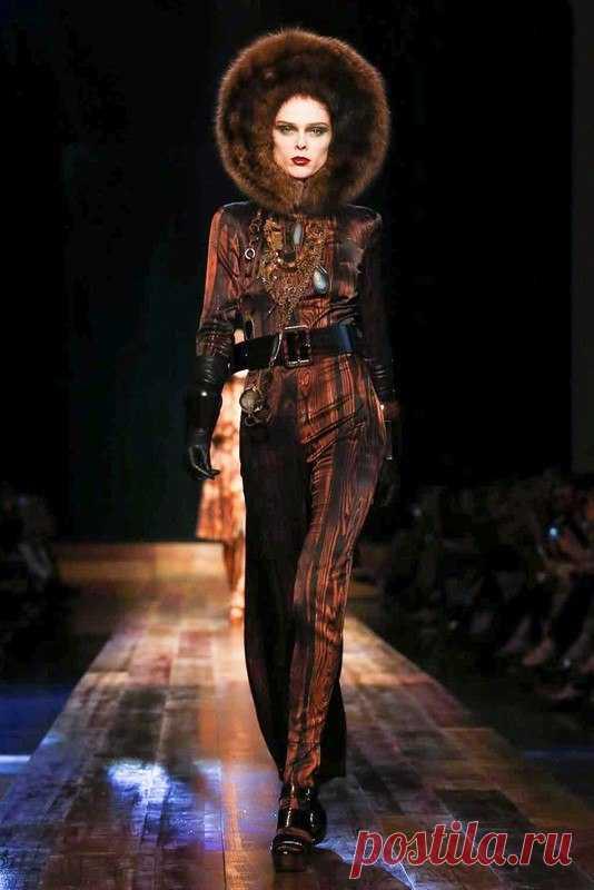 Jean Paul Gaultier Haute Couture — Es a la moda \/ Nemodno