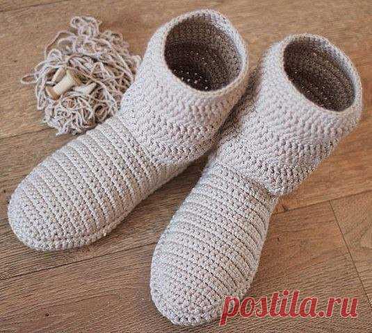 Вязаная обувь: сапоги, тапочки, кеды... Идеи и детали | Медитация с крючком | Яндекс Дзен